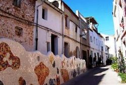 Things To Consider When Buying A Town House In Spain