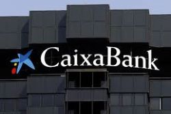 Spain's Caixabank beats profit forecast in Q1