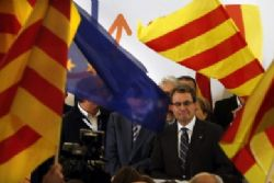 Catalan chief assumes sole responsibility for 2014 self-rule vote