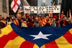 Spain leftists block Catalan independence bid