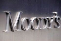 Moody's revises financial outlook on Spain