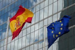 Brussels lowers Spain's public deficit forecast