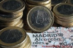 Spain trade deficit rises 45.6 pct to March y/y