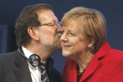 Merkel tells Rajoy of support for unity of Spain