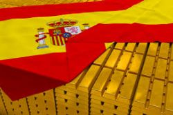 Gold rises as crisis over Spain's integrity deepens
