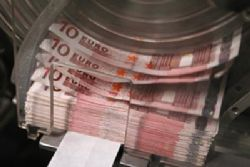 Spain draws more than EUR6bn demand for bond deal