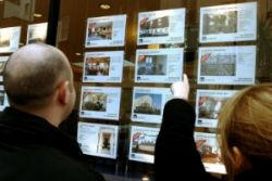 'Closer Regulation of Estate Agents Required'