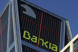 Shareholder group mulls legal action on Bankia