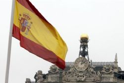 Spain struggles to meet regions' 36 bln euros debts