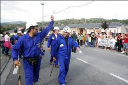 Striking Miners clash violently with Police