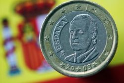 Euro zone launches bailout fund, says Spain doesn't need help