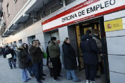 Spain unemployment to exceed 6 Million in 2013 : EU