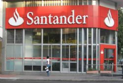 Santander to cut 3,000 jobs after Banesto merger