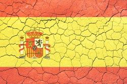 Spain trade deficit plummets through 2012