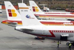 Iberia presses for job cuts despite strike threat