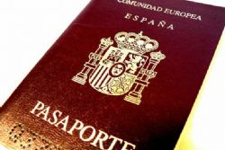 Number of Spaniards seeking work abroad jumps 5.5% in 2012