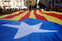 Mas confident independent Catalonia would keep EU status