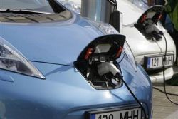 BMW Joins Iberdrola to Boost Electric-Car Market in Spain