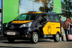 Nissan Delivers First All-Electric Taxis to Spain Cities