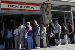 Spanish jobless claims rise for third month in row